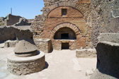 The ancient mill and a bakery in Pompeii — Stock Photo
