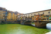 Vecchio bridge over the Arno in Florence — Stock Photo