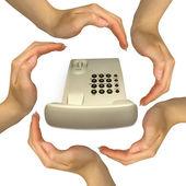 Handen maken gebaren met uw telefoon — Stockfoto