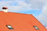 Sky and the roof of the house — Stock Photo