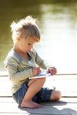 Linda menina na natureza — Fotografia Stock