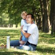 Father with his daughter on picnic — Stock Photo
