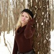 Girl in the park in winter — Stock fotografie