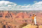 Couple Enjoying Beautiful Grand Canyon Landscape — Stock Photo