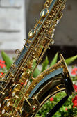 Golden saxophone musical instrument — Stockfoto