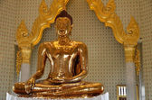 Pure golden Buddha in wat Traimit — Stock Photo