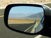 Road in the mirror Death Valley — Stock Photo