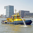 Fireboat in the harbor from Rotteram in the Netherlands — Stock Photo