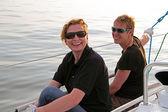 Glücklich, segeln auf dem ijsselmeer in den niederlanden — Stockfoto