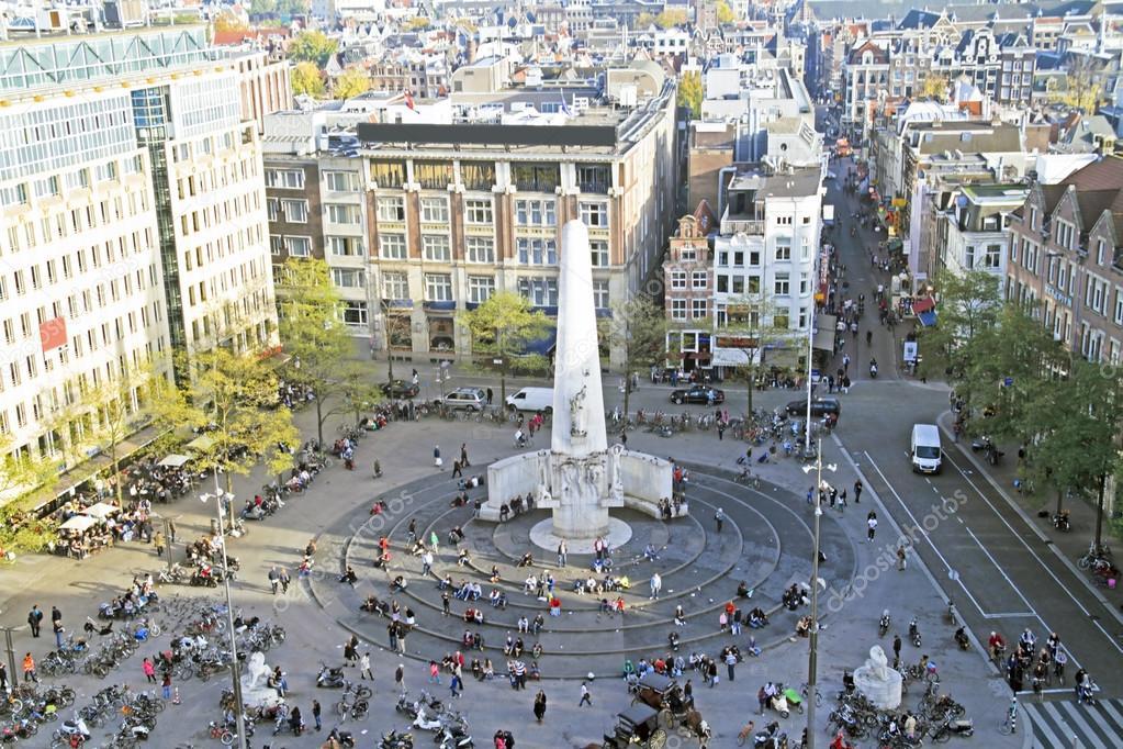 Plaza dam en amsterdam holanda foto de stock nilaya for Appartamenti piazza dam amsterdam
