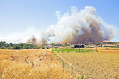 Big bushfire threatens homes in Portugal — Stock Photo