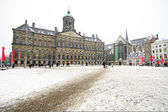 Snowy Damsquare in Amsterdam the Netherlands — Stock Photo