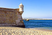 Torre medievale da fortaleza da ponta da bandeira a lagos — Foto Stock