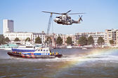 Demonstration of a rescue operation with a helicopter — Stock Photo