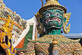 Demon guardian at Wat Pra Kaew — Stock Photo
