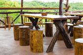Trä matbord — Stockfoto