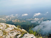 Yalta City view from the heights of Mount Ai-Petri — Stock Photo