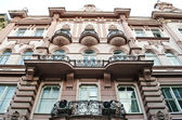 Beautiful facade of the old building in Lvov — Stock Photo