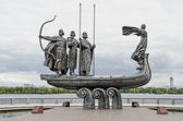 Monument to the founders of Kiev on the waterfront — Stok fotoğraf