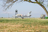 Military aircraft Aero L-39 Albatros at the airport in the Crime — Stock Photo