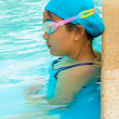 Young girl swimming — Foto Stock