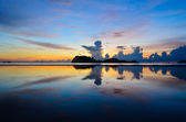 Sunrise at Hat Sai Ri beach in Chumphon — Zdjęcie stockowe
