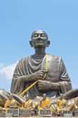 Large statue of Luang Pho To monks — Stockfoto