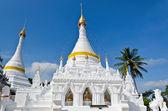 White pagoda architecture of northern Thailand. — Stock Photo