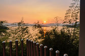 High angle view beautiful lake at sunset from resort — Stock Photo