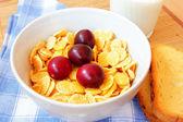 Cornflakes for breakfast — Stockfoto