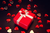 Cute red gift box for valentine's day — Stockfoto