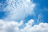 Cloud on the blue sky texture background — Stock Photo