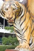 チョンブリ歴史公園で大きな虎の像 — ストック写真