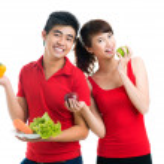 Vegetarian couple — Stock Photo