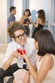 Couple à la fête — Photo