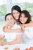 Three generations — Stockfoto