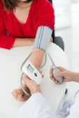 Blood pressure measuring — Stock Photo