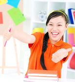 Mutlu öğrenci — Stok fotoğraf