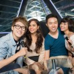 Nightclub karaoke — Stock Photo #24700307