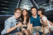 Nightclub karaoke — Stock Photo