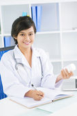 Pretty doctor — Stock Photo