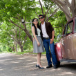 Couple and a retro car — Stockfoto