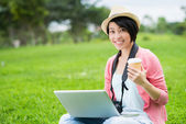 Cheerful young photographer — Stock Photo