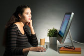 Kobieta w pracy — Zdjęcie stockowe