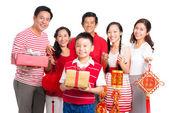 Family with Tet presents — Foto de Stock