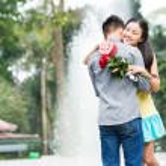 Embracing dates — Stock Photo