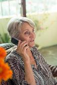 Talking on phone — Stock Photo