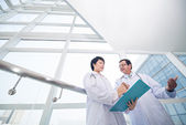 Intern and doctor — Stock Photo
