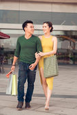 Shopping couple — Stok fotoğraf