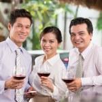 tres colegas tostado — Foto de Stock   #48689639